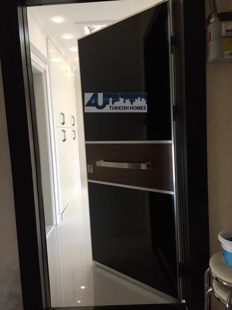 شقة فاخرة للبيع في باشاك شهير