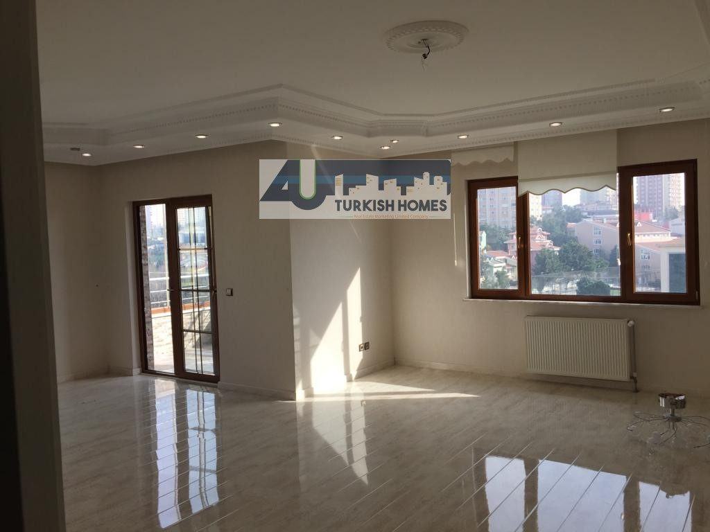 Luxury Apartment for sale in Başakşehir